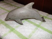 COLLECTABLE CARVED ORNAMENT STONE DOLPHIN LOVELY FACE & SHAPE RESTORED